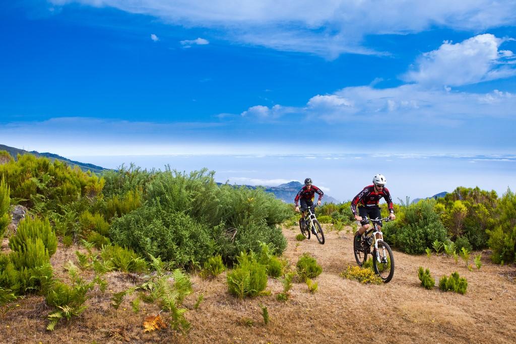 Mountain bike na Ilha da Madeira - Tiago Sousa - Tiago Sousa/Rota de Férias/ND