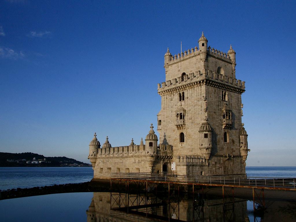 Torre de Belém, Lisboa - █ Slices of Light █▀ ▀ ▀ on VisualHunt.com / CC BY-NC-ND - █ Slices of Light █▀ ▀ ▀ on VisualHunt.com / CC BY-NC-ND/Rota de Férias/ND