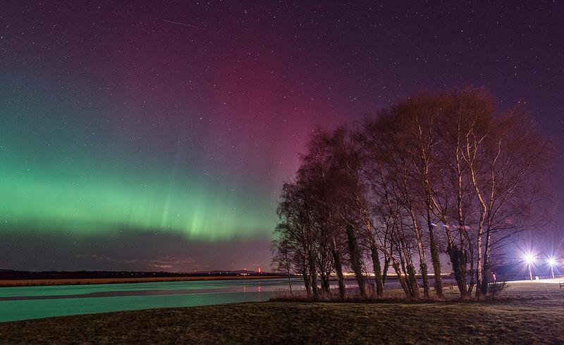 De vez em quando, a aurora boreal aparece no céu de algumas regiões da Escócia. Entretanto, a frenquência não é tão grande como nos países da Escandinávia - Photos By Zoe via Visualhunt.com / CC BY-NC-ND - Photos By Zoe via Visualhunt.com / CC BY-NC-ND/Rota de Férias/ND