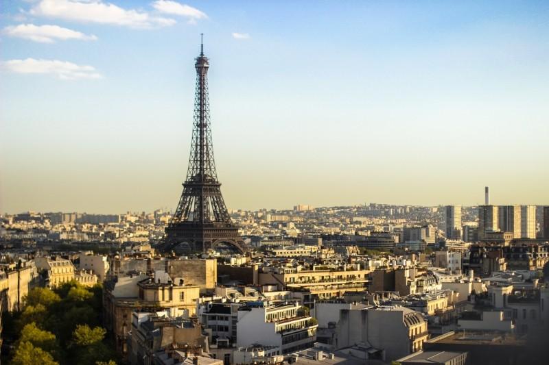 """""""Meia Noite em Paris"""" (2001) retrata a capital da França na época atual e no passado - VisualHunt - VisualHunt/Rota de Férias/ND"""