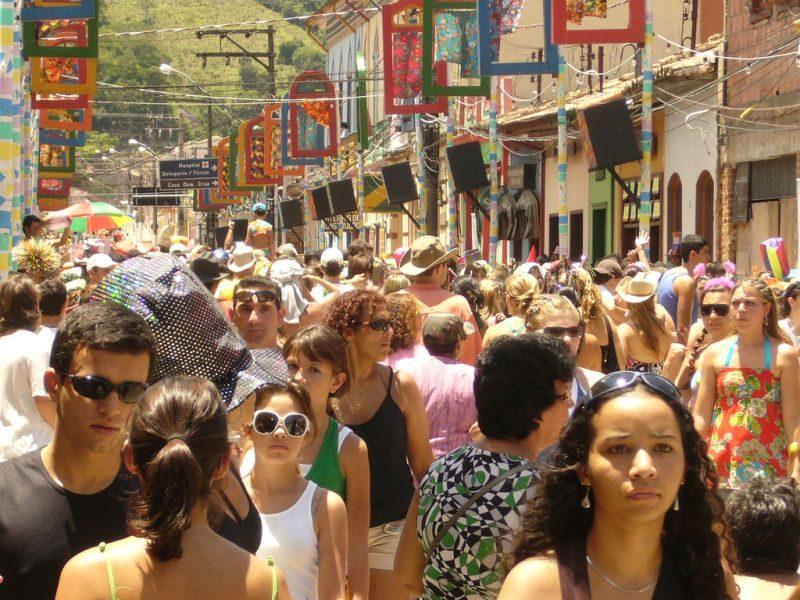 O interior de São Paulo também está presente no Carnaval. São Luiz do Paraitinga, por exemplo, é uma cidade bastante procurada para a festividade - Luiz Yassuda on Visualhunt / CC BY-NC-ND - Luiz Yassuda on Visualhunt / CC BY-NC-ND/Rota de Férias/ND
