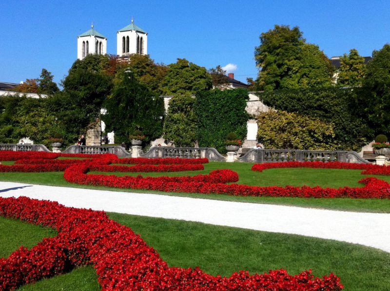 Localizados em Salzburgo, na Áustria, os jardins de Mirabell serviram de cenário para o filme