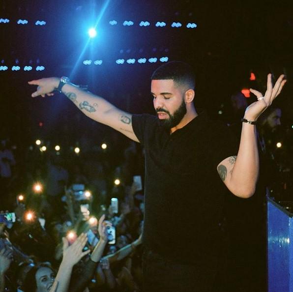 2. Drake – One Dance (ft. WizKid e Kyla): 1.602.884.667 reproduções - Crédito: Reprodução Instagram/33Giga/ND
