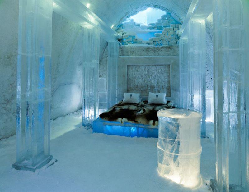 Feito de gelo, o Ice Hotel é uma boa pedida para quem quer se hospedar em um lugar exótico (e gelado!). Ele fica na cidade de Jukkasjärvi, na Suécia - Reprodução - Reprodução/Rota de Férias/ND