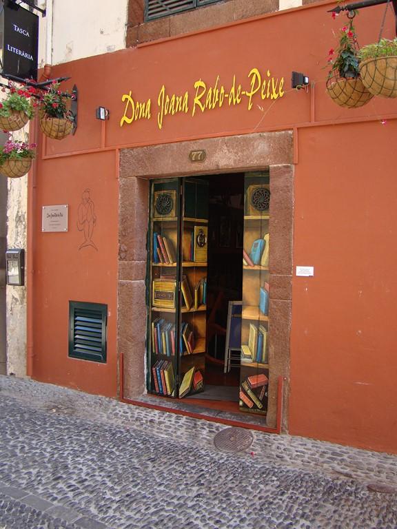 Rua de Funchal - Turismo da Madeira - Turismo da Madeira/Rota de Férias/ND