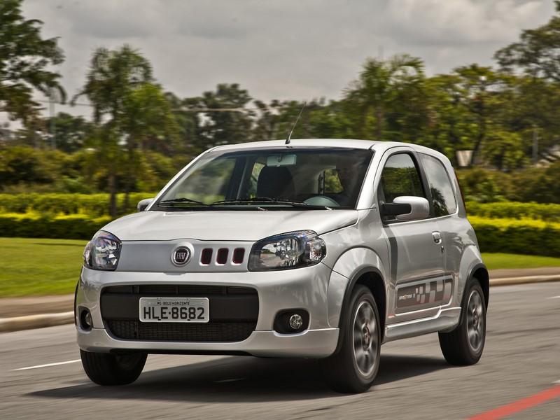 65- Fiat Uno (testado em julho de 2011 - sem airbags): uma estrela para adultos e duas estrelas para crianças - Foto: Divulgação - Foto: Divulgação/Garagem 360/ND