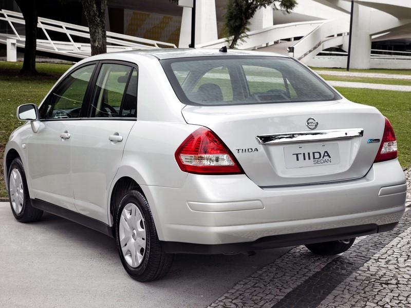 78- Nissan Tiida Sedan (testado em abril de 2015 - sem airbags): zero estrela para adultos e uma estrela para crianças - Foto: Divulgação - Foto: Divulgação/Garagem 360/ND