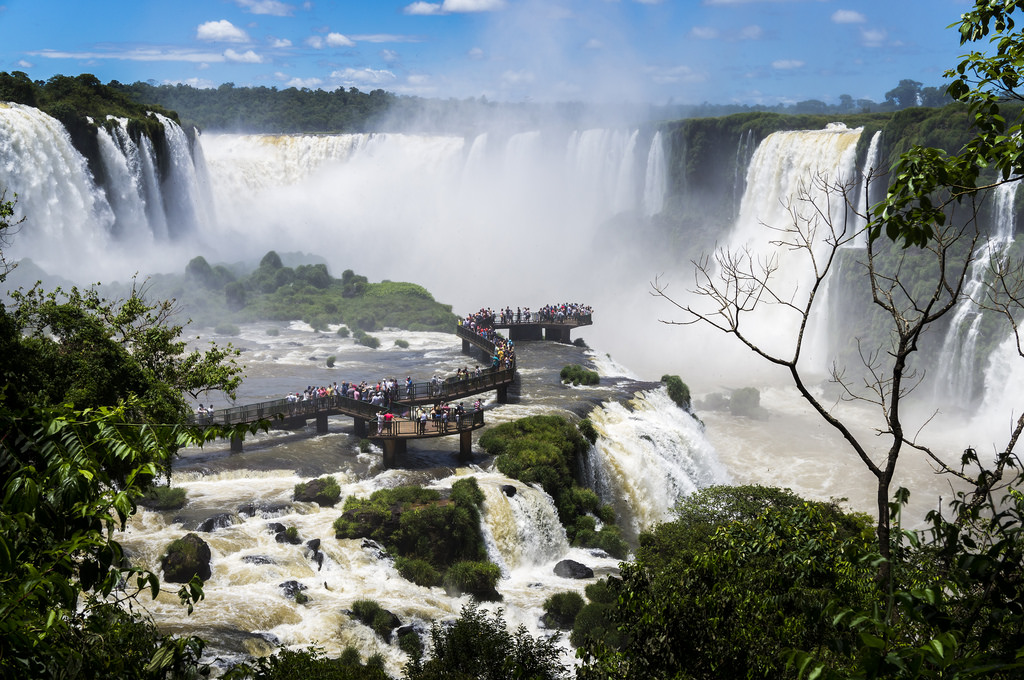 Cataratas do Iguaçu - Deni Williams on Visual hunt / CC BY - Deni Williams on Visual hunt / CC BY /Rota de Férias/ND