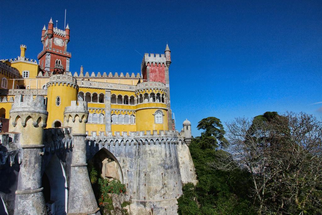 Palácio Nacional Da Pena, Sintra - LisArt on Visual Hunt / CC BY-NC-ND - LisArt on Visual Hunt / CC BY-NC-ND/Rota de Férias/ND