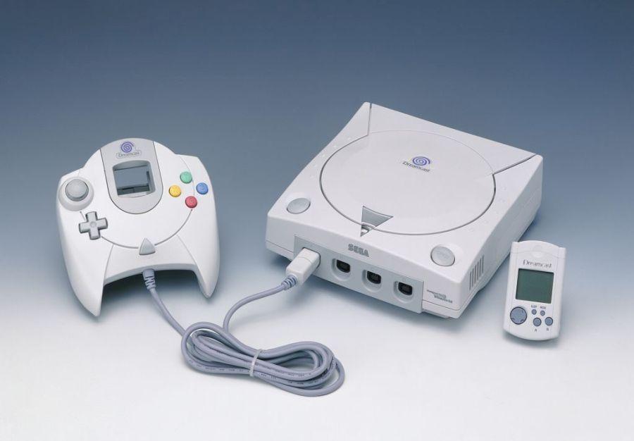 Em 1999 a Sega lançou o Dreamcast, seu último console. Ele teve vida curta, sendo anunciado em 2001 que o console seria descontinuado, deixado os fãs da marca órfãos. - Crédito: barité via Visual Hunt / CC BY-NC-ND /33Giga/ND