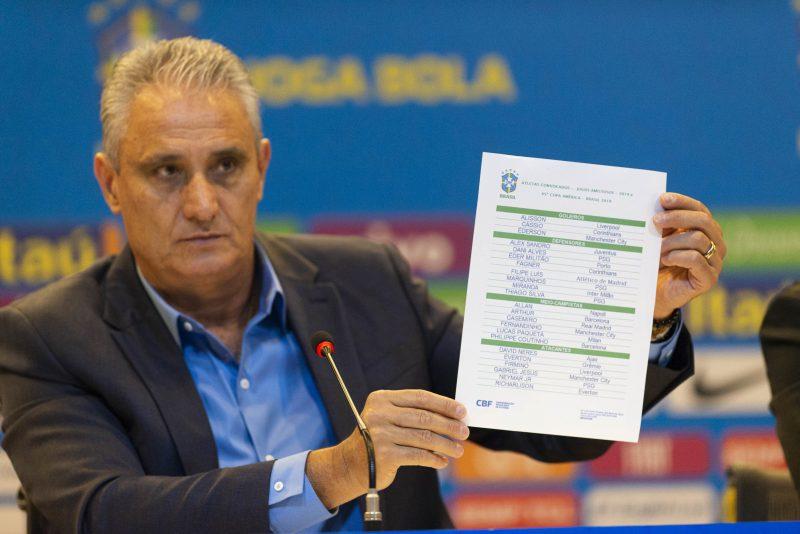 79cfe664c Técnico Tite divulga a lista com os nomes dos 23 jogadores que vão  representar o Brasil na Copa America – Celso Pupo Fotoarena Estadão Conteúdo