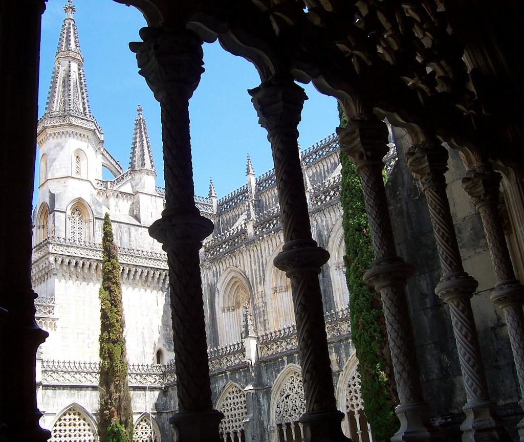 Mosteiro Da Batalha, Batalha - amaianos on Visual hunt / CC BY - amaianos on Visual hunt / CC BY/Rota de Férias/ND