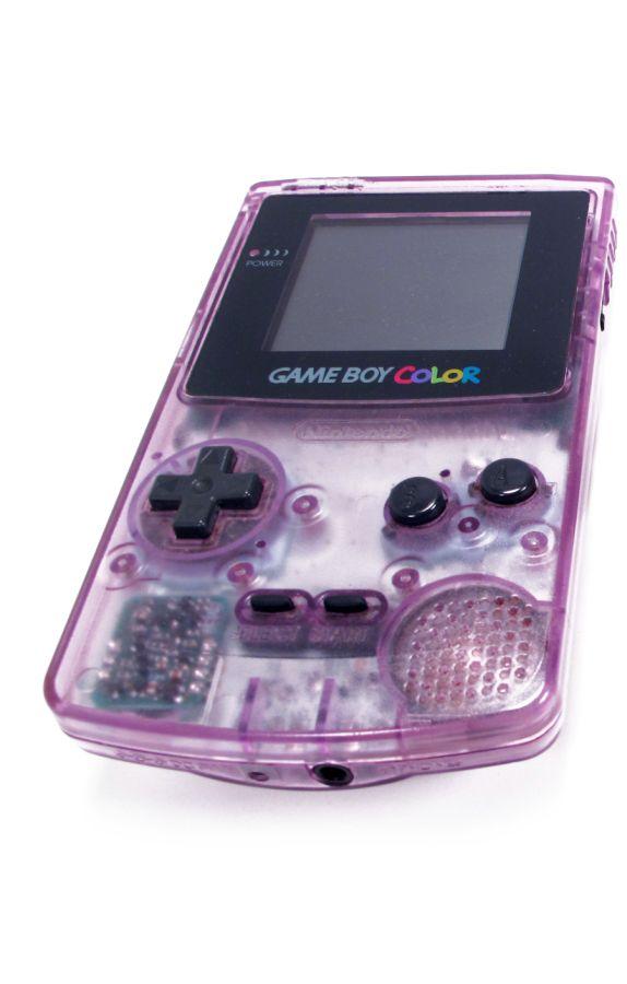 O Game Boy Color, de 1998, trouxe as primeiras cores na tela do portátil. - Crédito: Photo credit: Regonold via Visual Hunt / CC BY-NC-SA/33Giga/ND