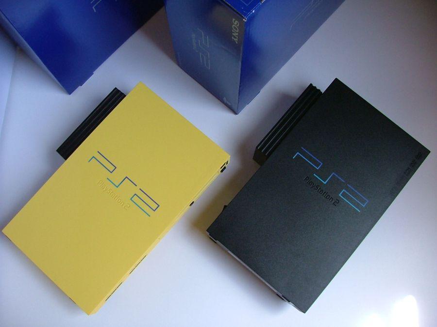 A Sony apresentou em 2000 o PlayStation 2, sucessor de seu primeiro console. O sucesso foi imediato e o console vendeu mais de 150 milhões de unidades. - Crédito: PseudoGil via VisualHunt / CC BY/33Giga/ND