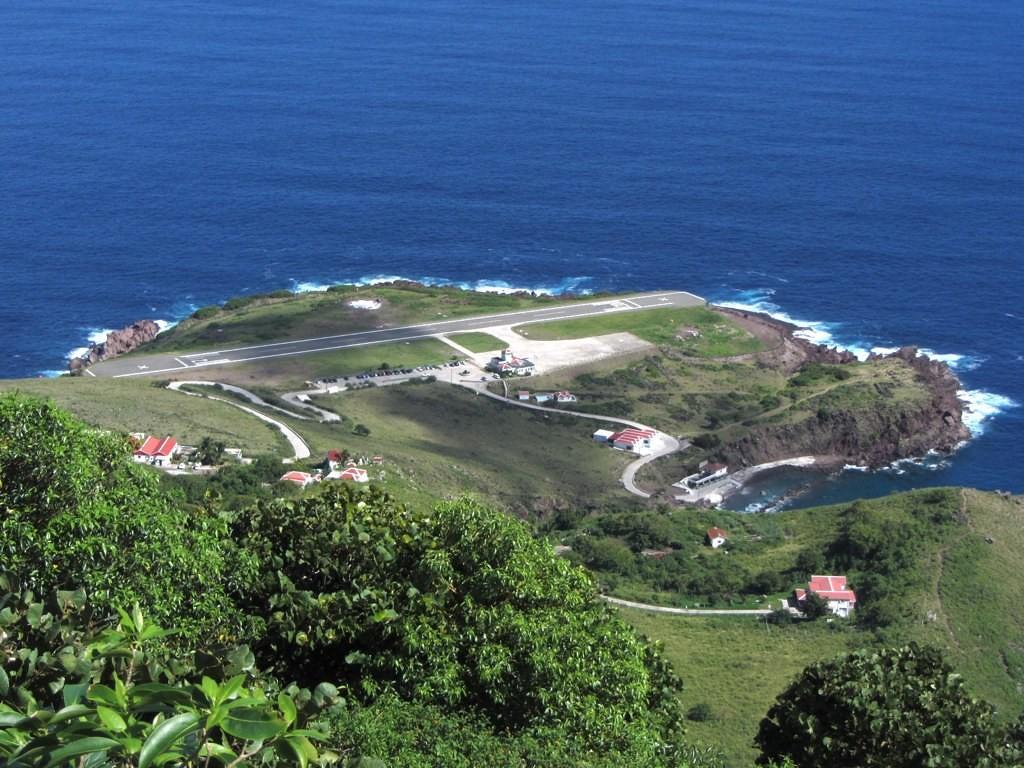Aeroporto Juancho E. Yrausquin, Ilha de Saba (Caribe): a pista tem apenas 400 metros de comprimento. Além disso, o aeroporto é cercado pelo oceano, não dando margem para erros dos pilotos - puroticorico on Visualhunt / CC BY-SA - puroticorico on Visualhunt / CC BY-SA/Rota de Férias/ND