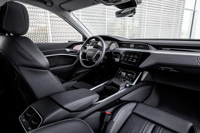 Audi e-tron - Foto: Divulgação - Foto: Divulgação/Garagem 360/ND