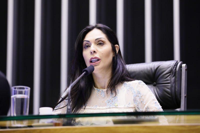 Geovânia de Sá havia anunciado sua disposição em concorrer à reeleição para o comando do partido – Foto: Luis Macedo/Câmara/ND