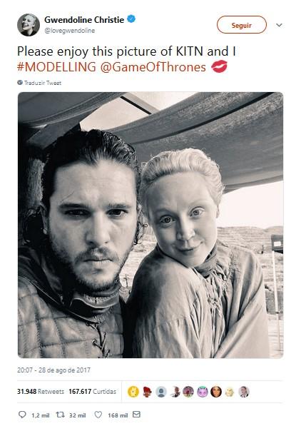 Gwendoline Christie – Brienne de Tarth - Crédito: Reprodução/Twitter/33Giga/ND