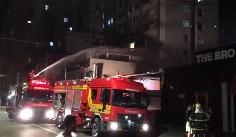 Combate ao incêndio durou cerca de uma hora – Henrique Weirich/Divulgação/ND