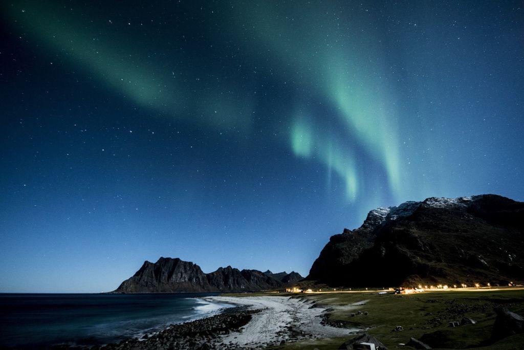 Lofoten, na Noruega, é outro destino que permite uma vista privilegiada da aurora boreal - VisualHunt - VisualHunt/Rota de Férias/ND