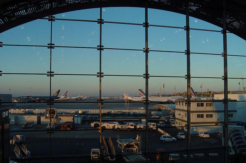 10 - Aeroporto Internacional Charles de Gaulle, em Paris, na França. Foi inaugurado em 1974 e recebe, anualmente, quase 66 milhões de viajantes - airlines470 on Visualhunt / CC BY-SA - airlines470 on Visualhunt / CC BY-SA/Rota de Férias/ND