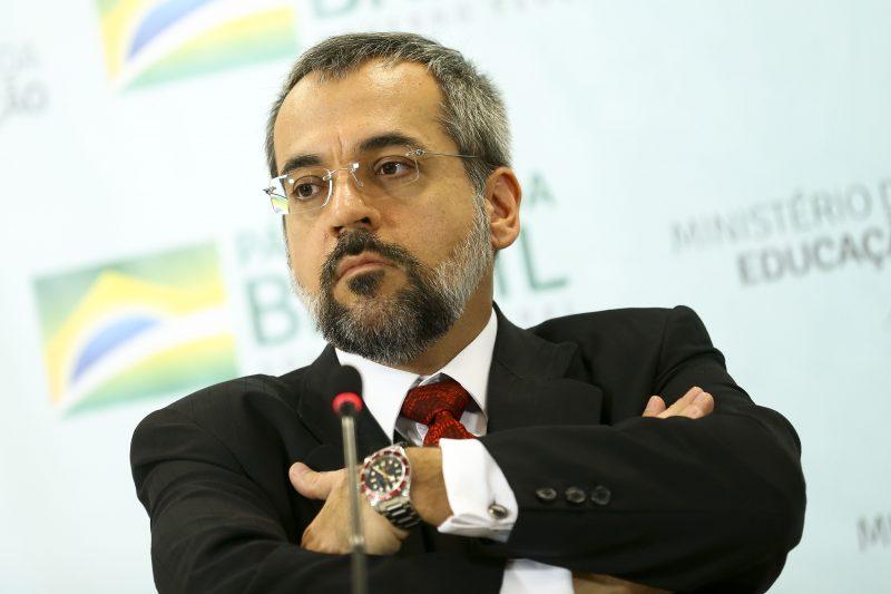 Weintraub foi convocado por parlamentares para explicar o contingenciamento na área da educação – Marcelo Camargo/Agência Brasil