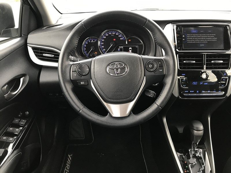 Toyota Yaris Sedan. O teste completo está aqui: https://bit.ly/2BvMDRI - Foto: Leo Alves/Garagem360 - Foto: Leo Alves/Garagem360/Garagem 360/ND