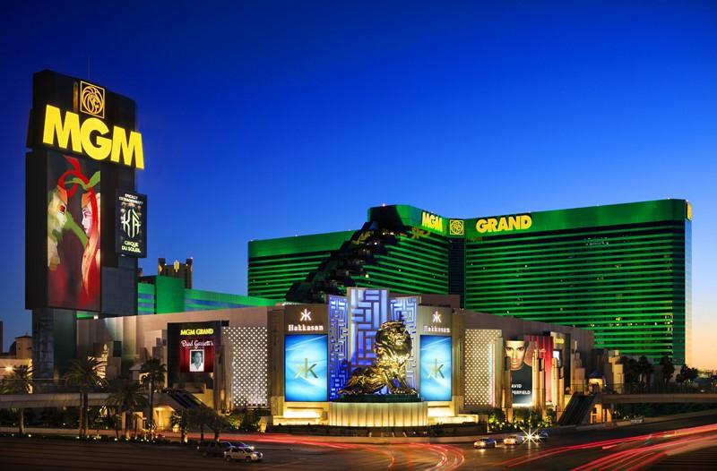 O MGM Grand Las Vegas permite que o hóspede fique em quartos lindos, curta opções de lazer como piscinas com ondas e ainda se divirta muito na área do cassino. As apresentações KÀ do Cirque du Soleil e o show do mágico David Copperfield são boas opções de entretenimento. Alguns dos melhores restaurantes de Vegas, como Morimoto e Joël Robuchon ficam por lá - Divulgação - Divulgação/Rota de Férias/ND
