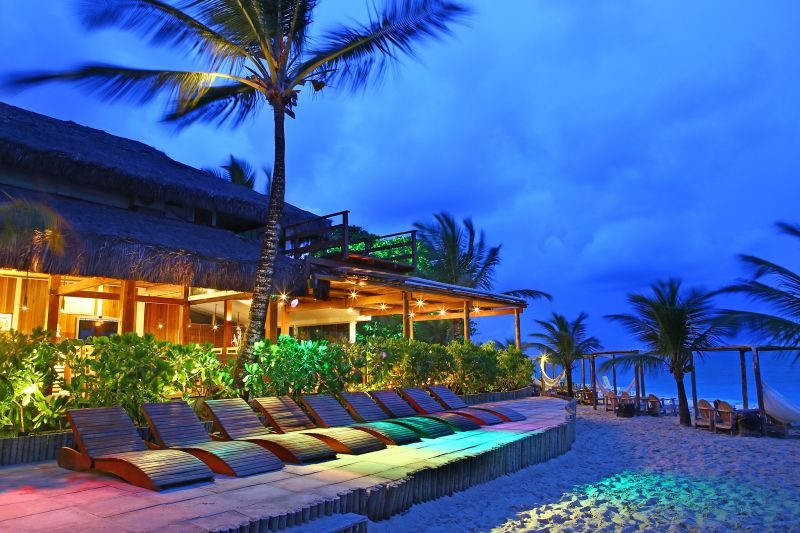 Quem visita o La Torre Resort All Inclusive pode aproveitar as seis piscinas, a praia e ainda fazer uma visita ao orquidário do hotel, que conta com 300 mudas de diferentes espécies - Divulgação - Divulgação/Rota de Férias/ND