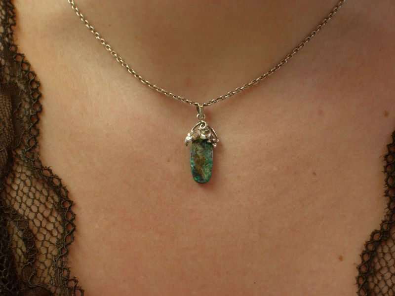 Quem for à Austrália e quiser trazer um lembracinha especial pode comprar joias feitas com Opala, pedra preciosa comum no país - Aaron Gustafson via VisualHunt / CC BY-SA - Aaron Gustafson via VisualHunt / CC BY-SA/Rota de Férias/ND