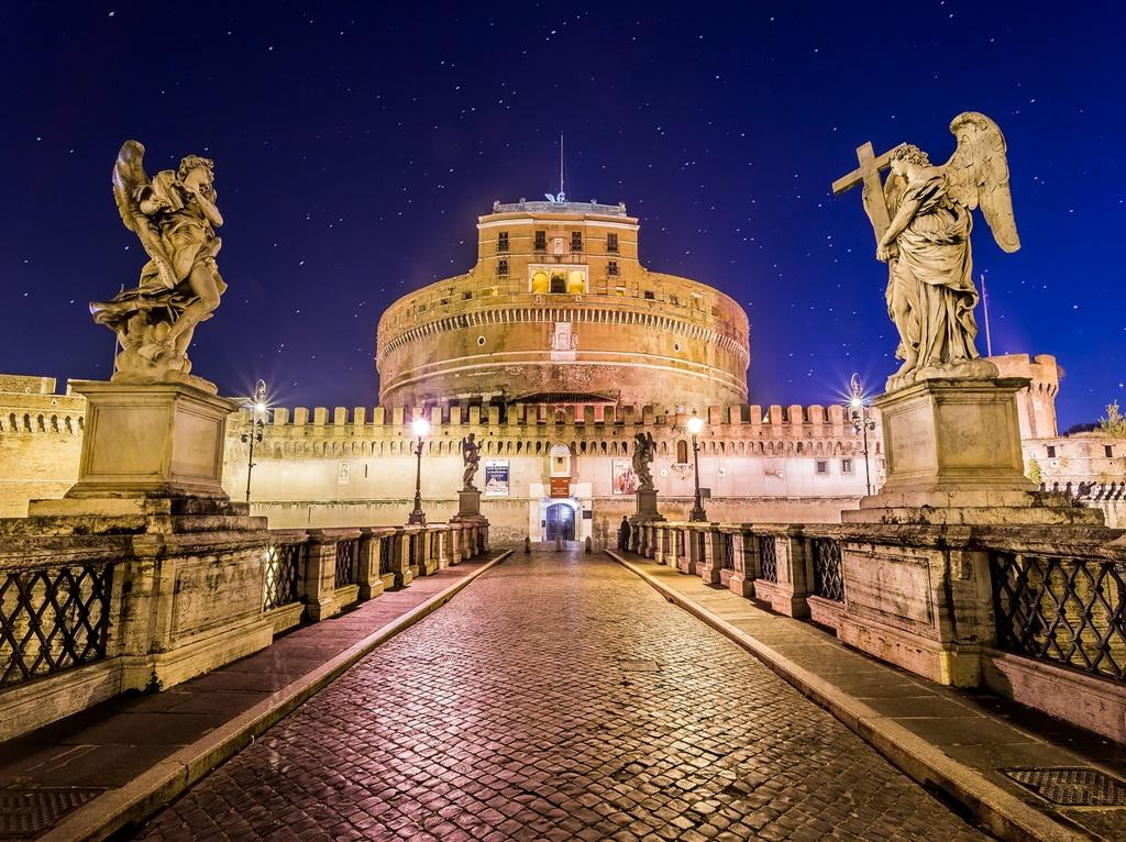 Castelo de Santo Angelo, Roma, Italia - - /Rota de Férias/ND