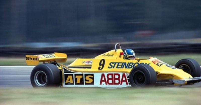 ABBA, funerária e chinelo: relembre patrocínios bizarros da Fórmula 1 - Foto: Reprodução/Pinterest - Foto: Reprodução/Pinterest/Garagem 360/ND