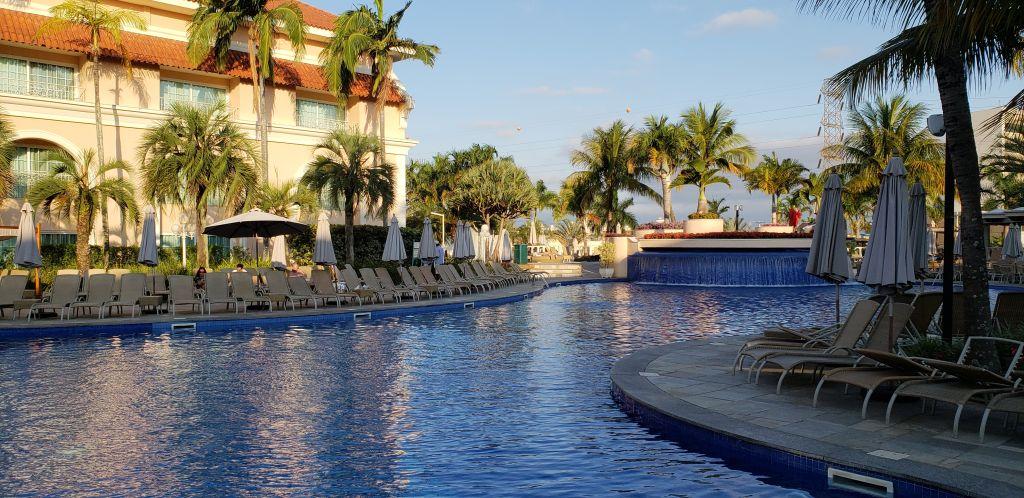 A área das piscinas é um dos principais destaques do Royal Palm Plaza - Maria Beatriz Vaccari - Maria Beatriz Vaccari/Rota de Férias/ND