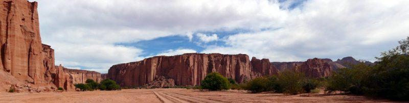 Parque Nacional de Talampaya, Argentina - benontherun.com on VisualHunt.com / CC BY-NC-SA - benontherun.com on VisualHunt.com / CC BY-NC-SA/Rota de Férias/ND