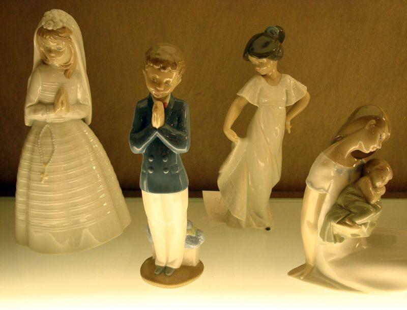 Quem procura lembrancinhas na Dinamarca pode optar pelas esculturas de porcelana Lladró. Delicadas, as estátuas retratam figuras de crianças, bailarinas e até noivas e noivos - Martina Gobec via VisualHunt.com / CC BY-NC-ND - Martina Gobec via VisualHunt.com / CC BY-NC-ND/Rota de Férias/ND