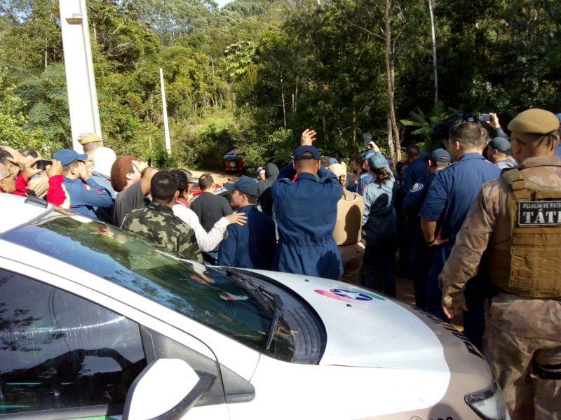 As buscas pela menina foram realizadas por terra e por ar, com sobrevoos do helicóptero Arcanjo, de Florianópolis. - Divulgação