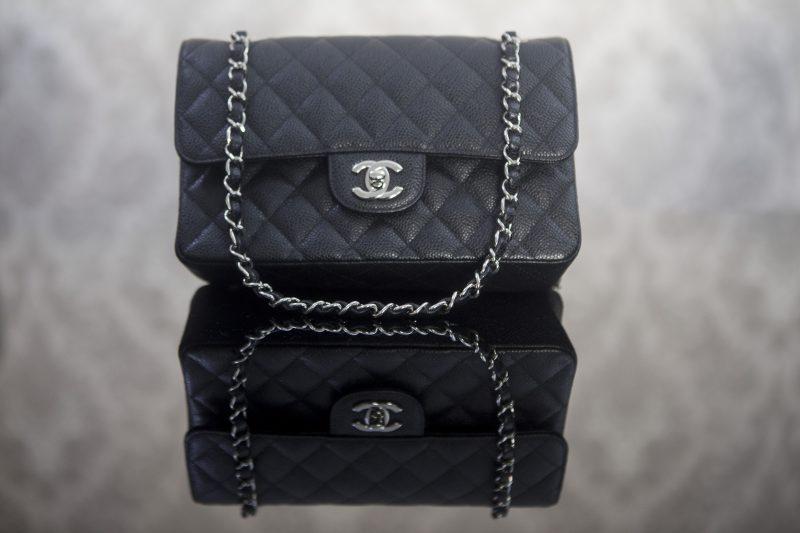 Chanel média na cor preta é um must have da plataforma – Flavio Tin/ND