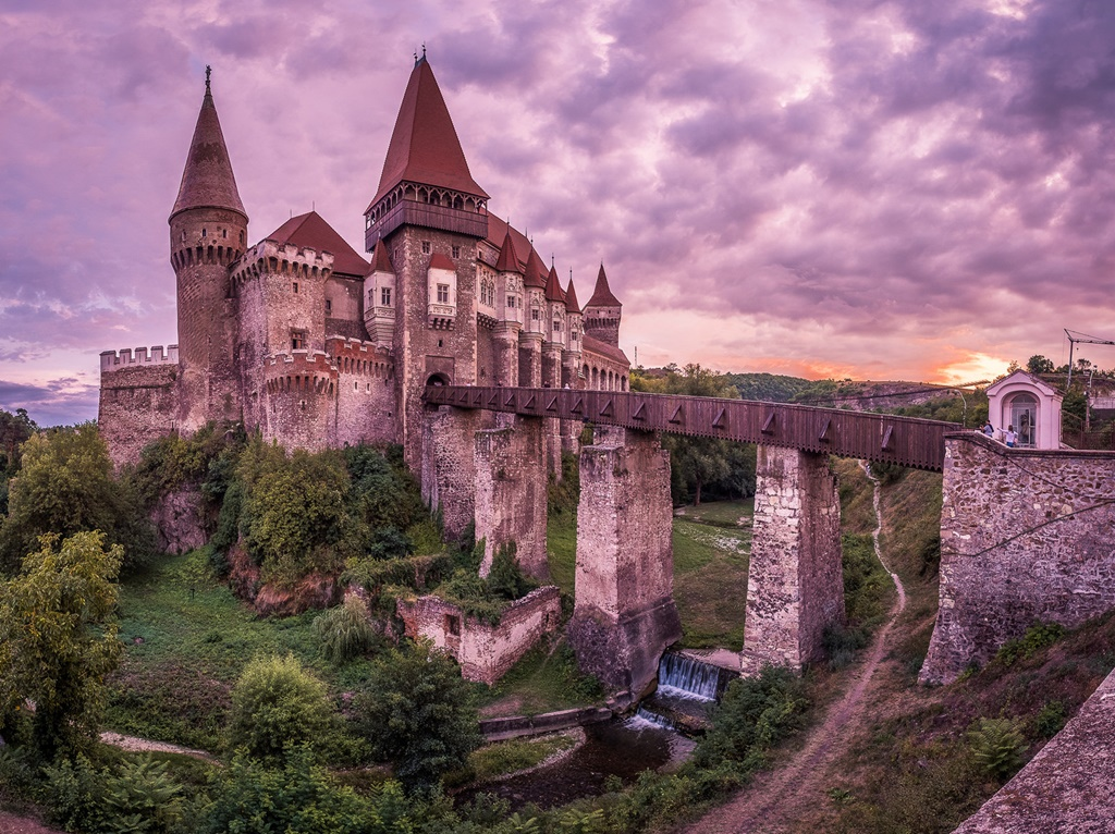 Castelo de Corvin, Hunedoara, Romênia - Giuseppe Milo (www.pixael.com) on VisualHunt.com / CC BY - Giuseppe Milo (www.pixael.com) on VisualHunt.com / CC BY/Rota de Férias/ND