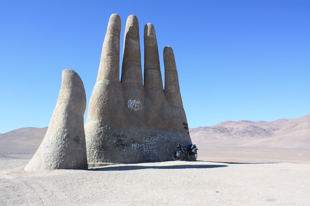 Hand of the Desert, Chile - Houston Marsh on Visual Hunt / CC BY-NC - Houston Marsh on Visual Hunt / CC BY-NC/Rota de Férias/ND