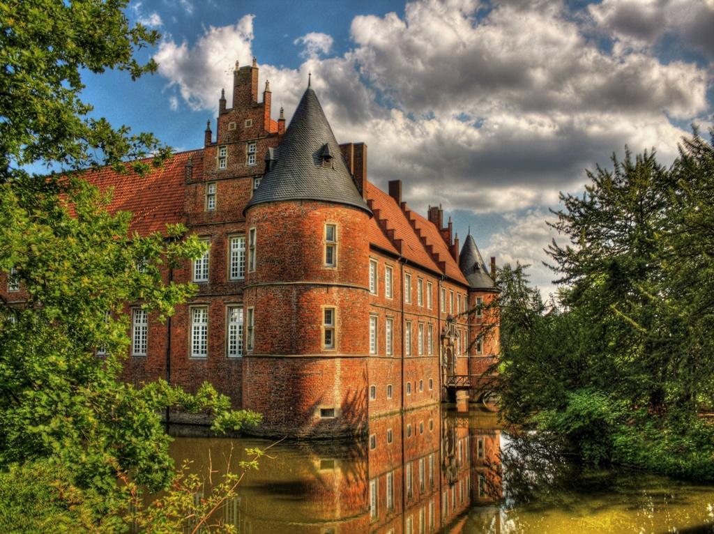 Schloss Herten, Herten, Alemanha - Daniel Mennerich on Visual hunt / CC BY-NC-ND - Daniel Mennerich on Visual hunt / CC BY-NC-ND/Rota de Férias/ND