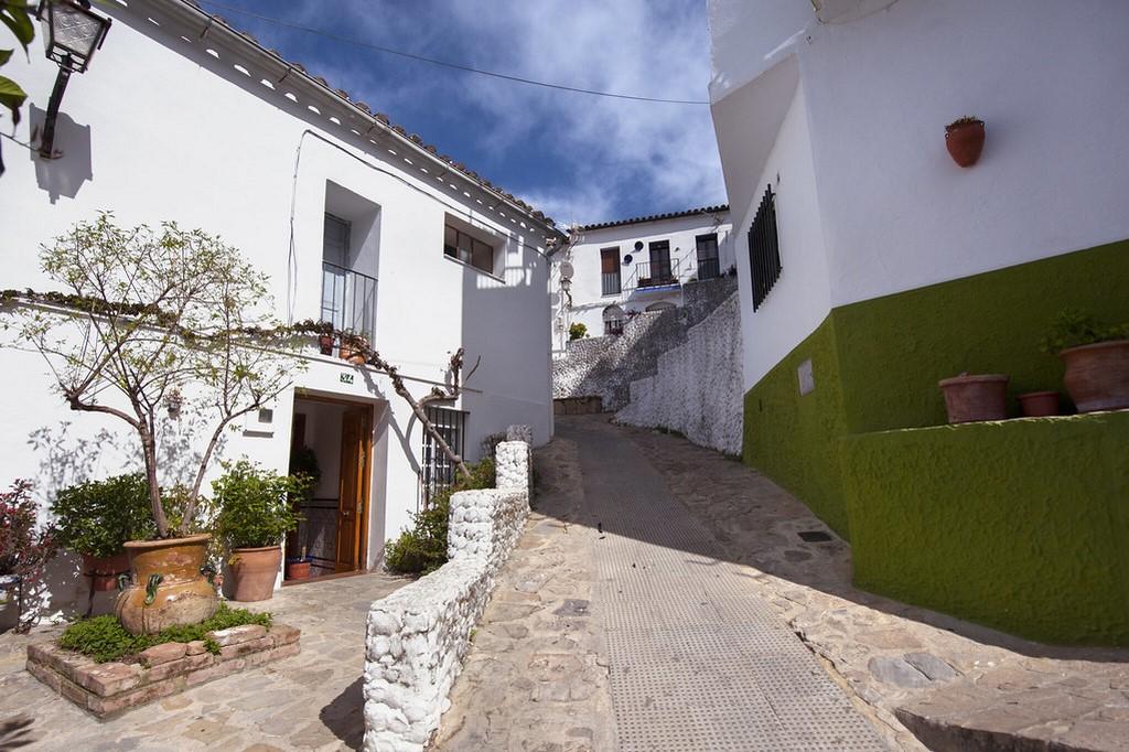 Ubrique, Espanha - Diputación de Cádiz on Visualhunt.com / CC BY-NC-SA - Diputación de Cádiz on Visualhunt.com / CC BY-NC-SA/Rota de Férias/ND