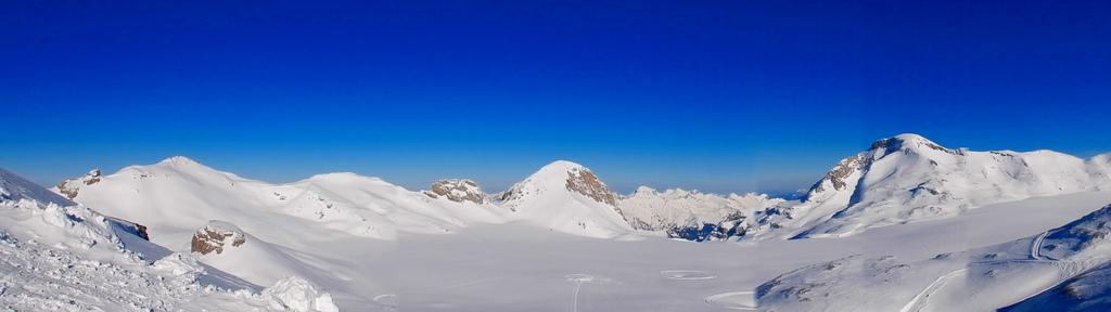 Crans Montana - Suíça - hierher on Visualhunt / CC BY - hierher on Visualhunt / CC BY/Rota de Férias/ND