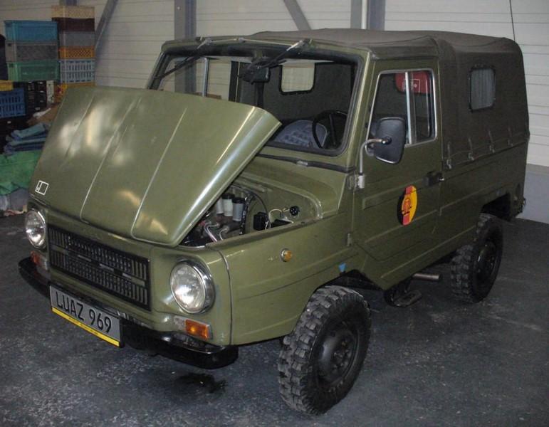 Fabricado pela montadora ucraniana LuAZ, o 969 era um dos modelos 4x4 do regime socialista. Ele foi fabricado durante a década de 1970 - Foto: Wikimedia/Thomas doerfer - Foto: Wikimedia/Thomas doerfer/Garagem 360/ND