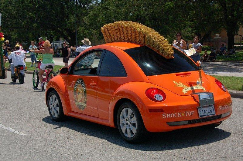 Volkswagen New Beetle foi modificado e ganhou até um cabelo punk - Foto: Texas.713 via VisualHunt.com / CC BY-NC - Foto: Texas.713 via VisualHunt.com / CC BY-NC/Garagem 360/ND