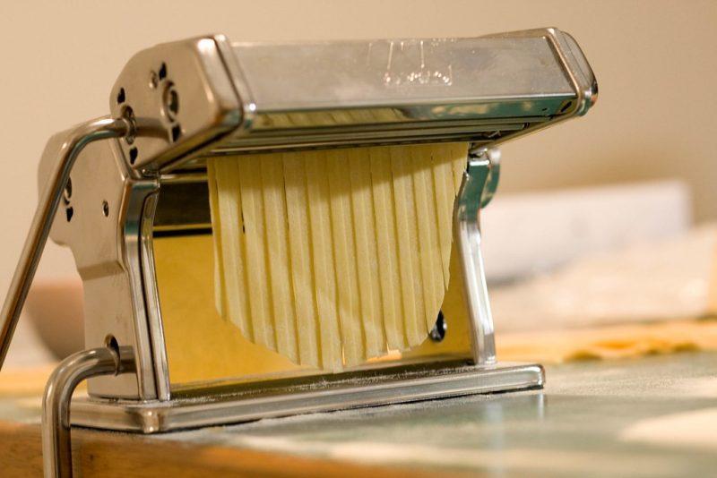 Máquina de fazer massa - Itália - Lachlan Hardy on VisualHunt / CC BY - Lachlan Hardy on VisualHunt / CC BY/Rota de Férias/ND