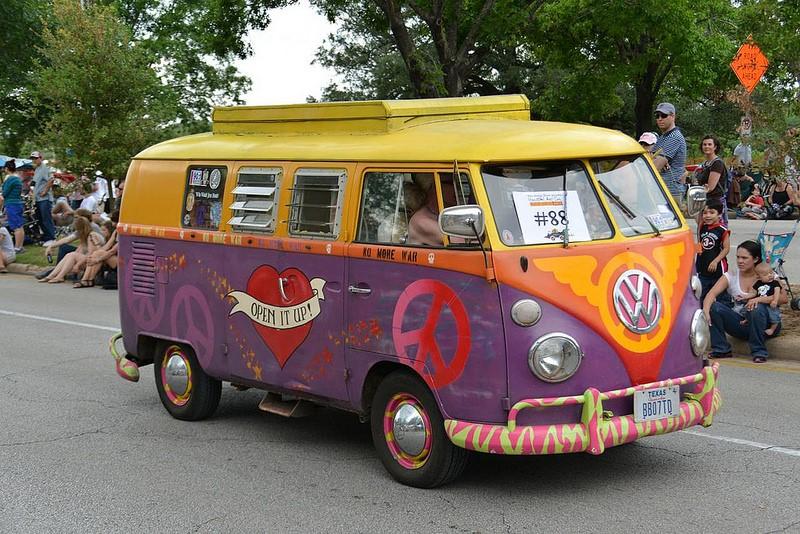 Esta Volkswagen Kombi é só paz e amor - Foto: Texas.713 via Visualhunt / CC BY-NC - Foto: Texas.713 via Visualhunt / CC BY-NC/Garagem 360/ND