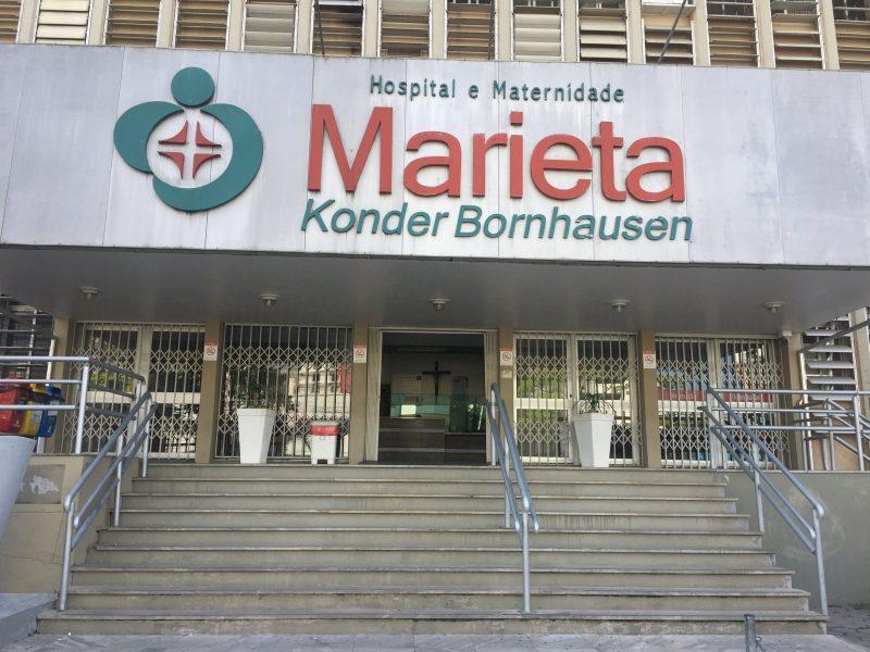Maria Salete Alves Brito, de 63 anos, era moradora do bairro Cordeiros, em Itajaí. Ela faleceu no dia 7 de junho, em decorrência da infecção por Covid-19. Brito estava internada desde o dia 21 de maio no Hospital Marieta. Ela era ex-tabagista. - Hospital Marieta Konder Bornhausen/Divulgação
