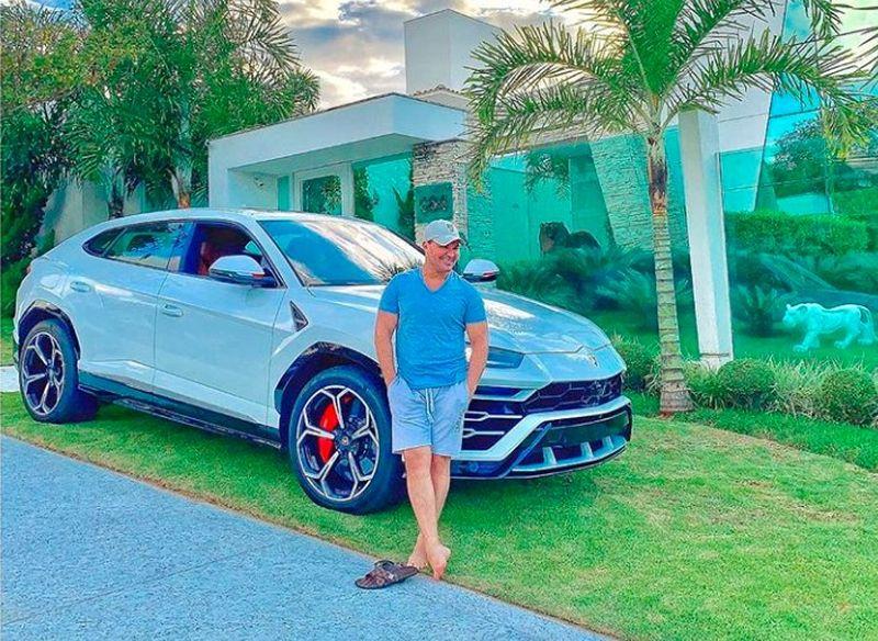 Cantor Eduardo Costa e seu Lamborghini Urus - Reprodução/Instagram - Reprodução/Instagram/Garagem 360/ND