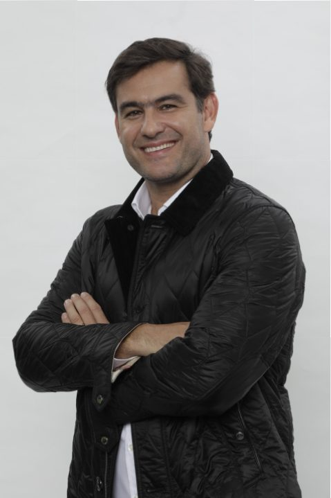 - THIERRY FIGUEIRA _ANTONIO CHAHESTIAN