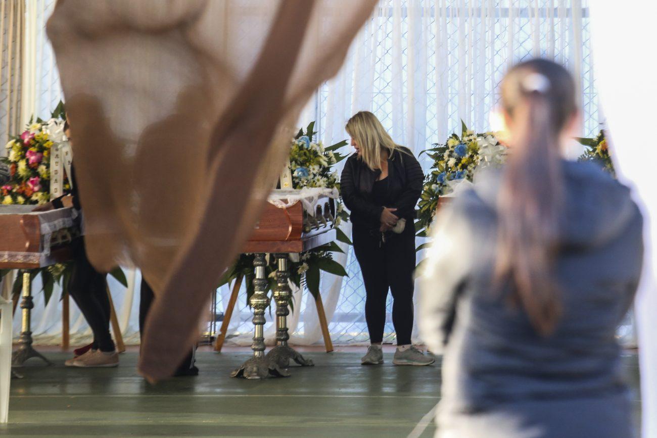 A movimentação começou cedo no ginásio para a despedida da família - Anderson Coelho/ND